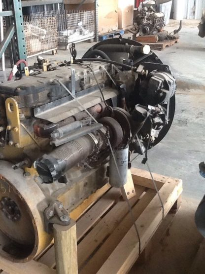 Caterpillar C-7 motor right side