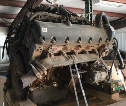 2000 V-10 motor left side