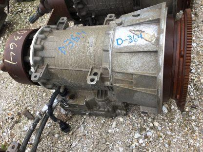 2000 MD3060 Allison transmission right side