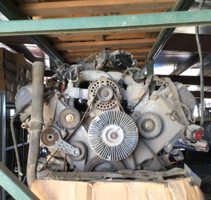 2000 V-10 motor back